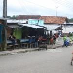 Weg zum Hafen in Tabatinga Brasilien am Amazonas
